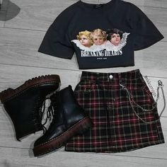 Hipster Outfits – Page 6764294921 – Lady Dress Designs Vintage Outfits, Retro Outfits, Trendy Outfits, Soft Grunge Outfits, Grunge School Outfits, Grunge Shoes, Grunge Fashion, 90s Fashion, Korean Fashion