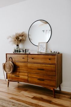 You have to see this beautiful + quiet Kansas City house – 2019 Free Decoration - bedroom furniture sets Bedroom Dressers, Bedroom Furniture, Home Furniture, Furniture Stores, Business Furniture, Furniture Movers, Furniture Outlet, Furniture Repair, Furniture Vintage