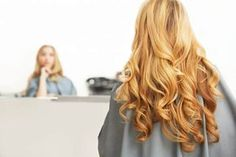 Did you know that you need to adapt your hair care routine for winter according to your hair type? Simplify your routine with these winter hair care tips. Hair Care Routine, Hair Care Tips, Winter Hairstyles, Wedding Hairstyles, Updo, Ghd Curve, Long Wavy Hair, Ginger Hair, Hair Pictures