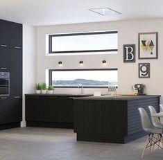 Nydelig kjøkken i #blackoak serien.. #blackkitchen #kjøkken #kitchen #køkken #kitchendesign #kjøkkendesign #kjøkkeninspo #kjøkkeninspirasjon #aubo #interiør #interiørsenteret