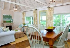 Love the ceiling in this living room, dining room combo. House of Turquoise: Samantha Pynn