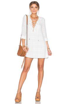 6308935e1ff36 Tularosa x REVOLVE Cassie Dress on ShopStyle Mode Femme, Robes  Printannières, Vêtements De Printemps
