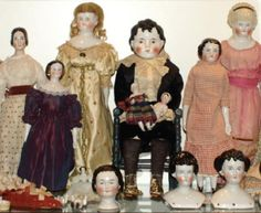 antique doll collection - Google Search Old Dolls, Antique Dolls, Doll Display, China Dolls, Vintage Paper Dolls, Antique China, Collector Dolls, Exhibit, Fancy