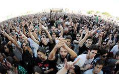 DIA 2 - Público assiste à apresentação de Marky Ramone diante do Palco Sunset no segundo dia do Rock in Rio 2013