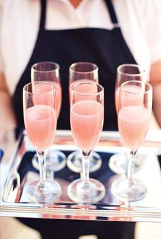 {Backyard Blush} Pink Bridal Shower Mimosas.. but with a different mix!