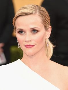 Reese Witherspoon at the 2015 SAG Awards.