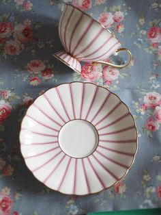 Very Lovely Noritake pink vintage tea cup excellent vintage condition, no chip or crack