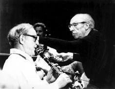 Aaron Copland conducting the Los Angeles Philharmonic, with Benny Goodman | Library of Congress