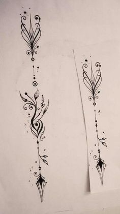 unique Tattoo Trends - Body - Tattoo's - Arrow by: The Hedgehog tatoo . - New Tattoo Trend Diy Tattoo, Tatoo Henna, Tatoo Art, Tattoo Forearm, Hand Tattoo, Tattoo Pain, Swirl Tattoo, Tattoo Neck, Sternum Tattoo
