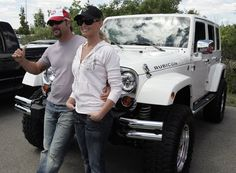 Tim McGraw/Faith Hill and their Jeep Wrangler Unlimited