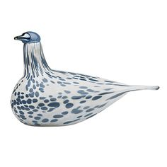 iittala Toikka Mistle Thrush 2013 Annual Bird From their siren song to their speckled plumage, the thrush species of birds are considered to be among the most beautiful in the avian world. This year renowned glass artesian Oiva Toikka has chosen t. Mistle Thrush, Glass Birds, Hanging Tapestry, Bird Species, Hand Blown Glass, Joss And Main, Decorative Objects, Finland, Art Decor
