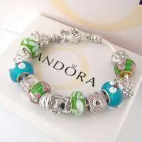 Pandora Jewelry  Pandora Jewelry Charms/Beads/Bracelets/Necklaces. #Jewelry #Fashion #Silver# handcraft #DIY #Accessory#Pandora#Love beads 2011 Pandora Beads, Pandora Bracelets, Pandora Jewelry, Pandora Charms, Jewelry Box, Women Jewelry, Jewellery, Pandora Accessories, Designer High Heels