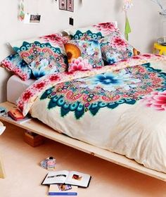 Top 10 Places to Shop for Dorm Decor
