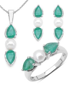 Look at this Pearl & Emerald Pendant Necklace Set on #zulily today!