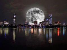 Bruins Moon