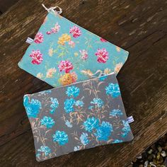 Carnations Variations: Washbags