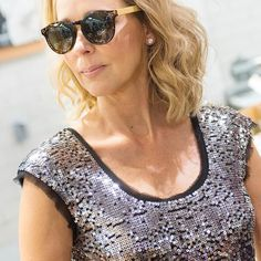 2017 possibilities are endless!  Especially sunny in my @blueplaneteyewear Photography by @jcollinsphotog & styling by @charlestonweekender #holycitychicks #chs #sequins #sparkle #blonde #nudelip #pamelaleschmakeup #thisis50 @wholefoods #groceryshopping