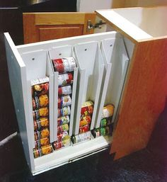 Need this can storage - This is the most ingenious kitchen storage idea I have ever seen! No more avalanches in the cabinets! 30 Organization Tips, Tricks and Ideas That Will Make You Go Ah-ha! Kitchen Pantry, New Kitchen, Kitchen Ideas, Kitchen Tips, Pantry Ideas, Kitchen Cabinets, Kitchen Inspiration, Kitchen Designs, Pantry Cupboard