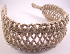 :) wayyy ahead of this. Macrame Headband, Diy Headband, Macrame Bracelets, Headbands, Macrame Art, Macrame Projects, Micro Macrame, Crochet Bookmark Pattern, Hair Accessories Storage