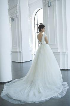 Modelul 1500-116 : andreesalon #andreesalon #weddinggown #weddingdress #vestidodenovia
