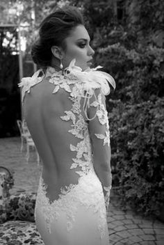 Weddbook is a content discovery engine mostly specialized on wedding concept. You can collect images, videos or articles you discovered organize them, add your own ideas to your collections and share with other people - Weddbook ♥ Sexy backless and feather wedding dress. Special design wedding dress. lace feather backless #lace #feather #backless