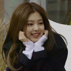 Image about cute in Your bias, Kim Jennie by T.T - Jennie Kim - Image about cute in Your bias, Kim Jennie by T. Kim Jennie, Blackpink Funny, Black Pink Kpop, Blackpink Memes, Brown Aesthetic, Blackpink Photos, Wattpad, Cute Icons, Cute Images