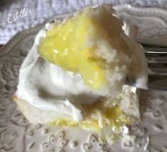 Pockets of Lemon Cake Fun Desserts, Lemon, Eggs, Homemade, Diy Crafts, Hand Made, Diy, Egg As Food, Egg
