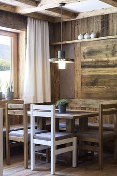 Frühstücksraum im Feriendorf // Breakfast room in the holiday village Breakfast, Holiday, Room, Ideas, Morning Coffee, Bedroom, Vacations, Holidays, Rooms