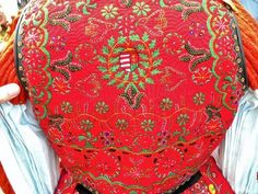 Folk Embroidery Patterns From türe, Kalotaszeg, photo: Gabor Dobi Hungarian embroidery patterns - Hungarian Embroidery, Folk Embroidery, Learn Embroidery, Floral Embroidery, Chain Stitch Embroidery, Embroidery Stitches, Embroidery Patterns, Stitch Head, Gabor