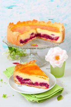 Better than any cheesecake, this delicious sour cream cake with plums is my … – Famous Last Words Avocado Fat, Sour Cream Cake, Eating For Weightloss, Cake & Co, Fat Foods, Sweets Cake, Healthy Dishes, Food Items, Baked Goods