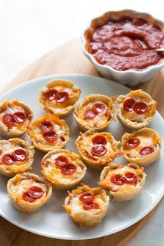 Gluten-Free Pizza Bites | www.grainchanger.com