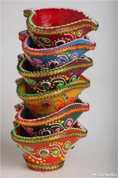 Diwali is a festival of lights and is a gazetted holiday in India.  Decorate your home on Diwali with handmade diyas.  Craftsvenue is the perfect online store to buy Designer Handmade Diyas at lowest prices.