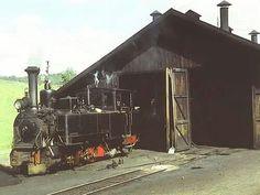 Unsere Ischlerbahn SKGLB Nr.12 erbaut 1906 von Krauss/Linz vor dem Heizhaus Izling Quelle: Old Salzburg
