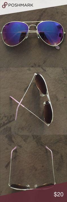 American Eagle Mirrored Aviator Sunglasses American eagle purple pink bluish aviator mirrored sunglasses. Silver metal frames. American Eagle Outfitters Accessories Sunglasses