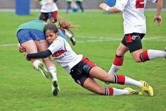 Rugby à 7 : Yolaine Yengo en bleu à Dubaï - © Photo Kathélyne Baslé - LNC.NC - 01/12/2016 Rugby Girls, Dubai, Womens Rugby, Smocking Patterns, Extreme Sports, Sports Women, Mountain Biking, Liverpool, Football