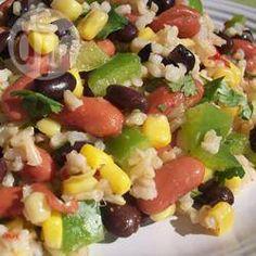 Salade mexicaine aux fèves et au riz @ qc.allrecipes.ca