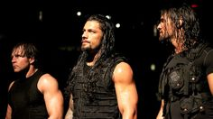 Roman Reigns w/ Seth Rollins & Dean Ambrose vs Mark Henry