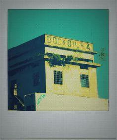 viejo edificio de una destileria de Dock Sud