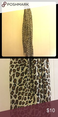 Leopard print Scarf Cute and simple cheetah print fashion scarf. Width: 21 in. / 53 cm. Length: 72 in. / 181 cm. Perfect for fall weather Accessories Scarves & Wraps