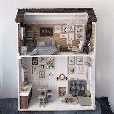 #ляльковийбудиночок #домдлякукол #кукольныйдомик #кукольнаяминиатюра #домдлябарби #кукольнаямебель #подарокдевочке #барби #готоваяработа #dollhouse #dollhouses #dollhousefurniture #dollhouseminiature #handmade #craft #miniature