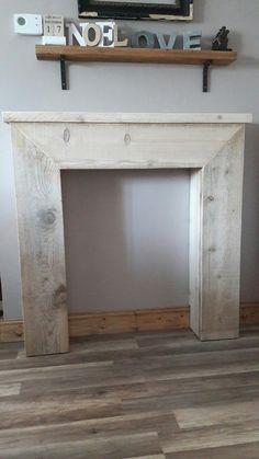 pas pas pour fabriquer une fausse chemin e d corative le blog de b a chemin e palette et. Black Bedroom Furniture Sets. Home Design Ideas