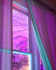 THE PASTEL /// pastel aesthetic / pink aesthetic / kawaii / wallpaper backgrounds / pastel pink / dreamy / space grunge / pastel photography / aesthetic wallpaper / girly aesthetic / cute / aesthetic fantasy Retro Wallpaper, Pastel Wallpaper, Kawaii Wallpaper, Wallpaper Backgrounds, Purple Aesthetic, Retro Aesthetic, Neon Glow, Dancing In The Rain, Grafik Design