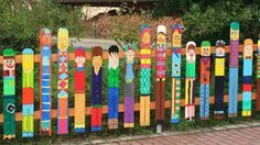 Creative garden fence design ideas - a highlight in the gardenCreative garden fence design ideas - a highlight in the smart and cute garden playground for clever and cute garden playground for children, Fence Art, Diy Fence, Fence Ideas, Pallet Fence, Pallet Boards, Horse Fence, Pallet Ideas, Yard Art, Cerca Diy
