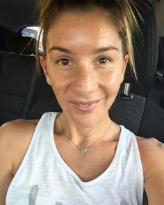 Shout out to my goddess Suzey from @vanityboxperth who made me feel like I'd been on a 2 week holiday leaving her divine Salon in Perth yesterday after my first Derma Frac appointment. This is the year of getting my body (including my skin) and mind in the best shape of my life. I turn the big 3-0 NEXT year and I want to enter my dirty 30's having not touched my face with Botox or filler (NO judgement whatsoever to women who use it I just want to trust my skin and body to know what it's…
