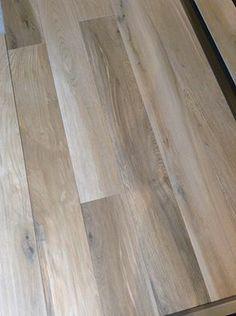 Tegelsuper Hoornick  Nieuwe soort Keramisch Parket , niet van echt hout te onderscheiden...  http://tegels.nl/136/tegels/breda/tegelsuper-hoornick-bv.html