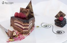 Cozonaci traditionali — Alina's Cuisine Romanian Desserts, Romanian Food, Romanian Recipes, Sweets Recipes, Tiramisu, Mini, Ethnic Recipes, Cakes, Kitchens