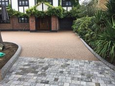 At Diamond Services we like to get creative with driveways. Here is a mix of resin and block paving to create a fantastic welcoming effect. Front Garden Ideas Driveway, Driveway Design, Driveway Entrance, Driveway Landscaping, Front Path, House Entrance, Patio Design, Exterior Design, Driveway Apron