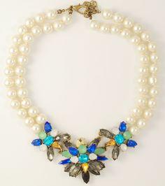 pearl blu necklace http://www.totemshop.in.ua/collection/kolie/product/kolie-izyskannyy-zhemchug
