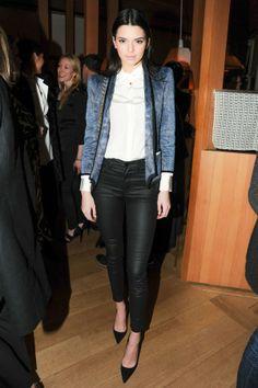 Kendall Jenner Chic Style : Black Skinnies + White Button Up Shirt + Blue Snakeskin Print Blazer