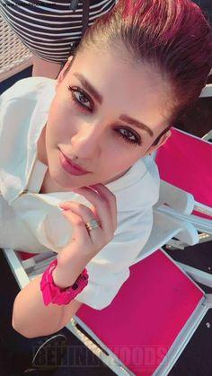 South Indian actress Nayanthara new photo gallery. Latest hd image gallery of Nayanthara. Indian Actress Gallery, Indian Film Actress, Indian Actresses, Beautiful Girl Indian, Most Beautiful Indian Actress, Beautiful Actresses, South Actress, South Indian Actress, Wallpaper 2017